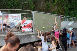 Sommerfest: Sei kreativ an der Pinnwand