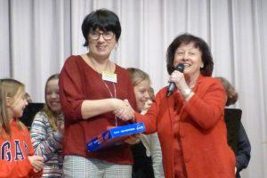 Dank an Frau Scholz in Vertretung für den Freundeskreis Evang. Mörike