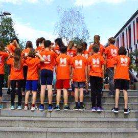 Stuttgart-Lauf 2019 – Alle 33 Schüler*innen des Mörike haben durchgehalten bis zum Ziel: Gratulation!